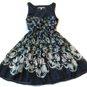 LC Lauren Conrad dress 2 party navy floral xs blue